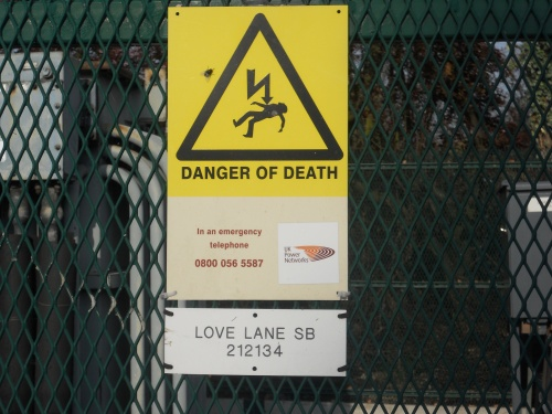 LOVE LANE: DANGER OF DEATH
